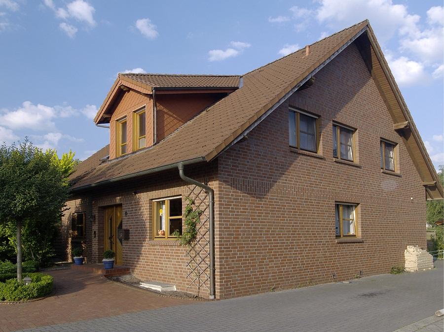 дом из обожженного кирпича